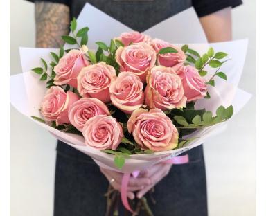 "12 Pink Roses bouquet""Rosie"""