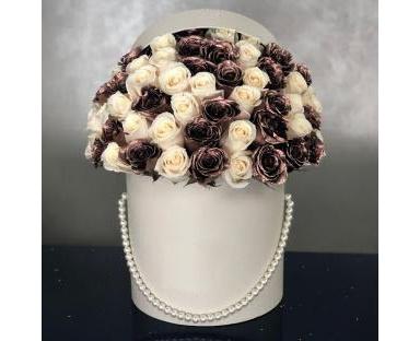 Gold&White Roses in Box''Malia''